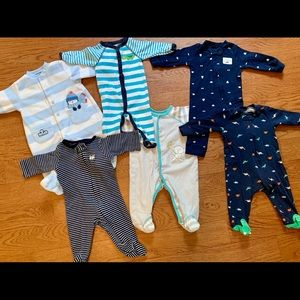 EUC Baby boy sleeper bundle 3 months. Carter's,